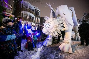 Top10_Quebec_Carnival_oup_du_Défilé_de_nuit