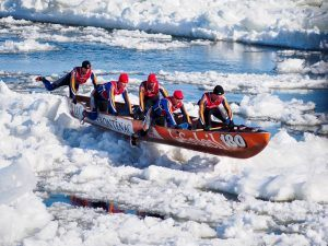 Ice-canoeing-Quebec-Winter-Carnival